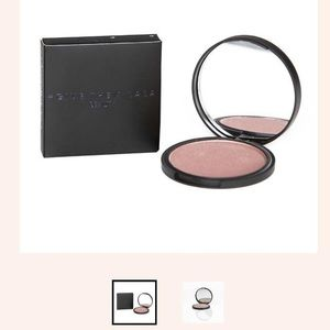 NEW Illuminating Powder Makeup
